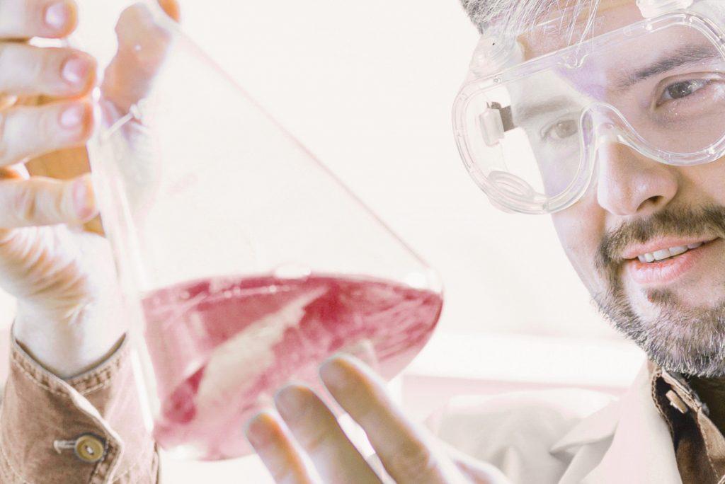 biotechnology-research-9AMQLGW2